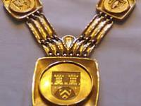 Die goldene Amtskette des Bielefelder Bürgermeisters