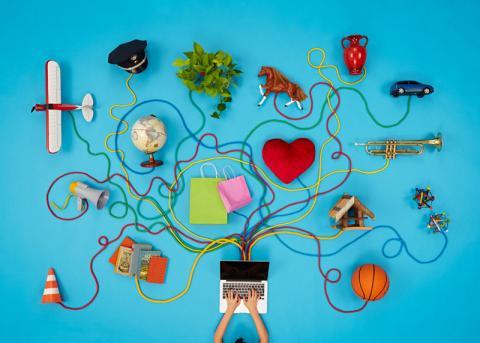 Ein Laptop ist mit vielen Dingen verbunden